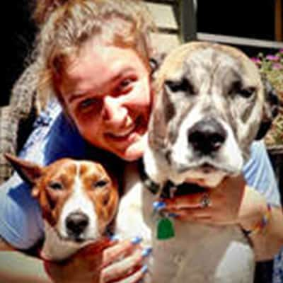 Abigail - Village Pets Pet Sitter